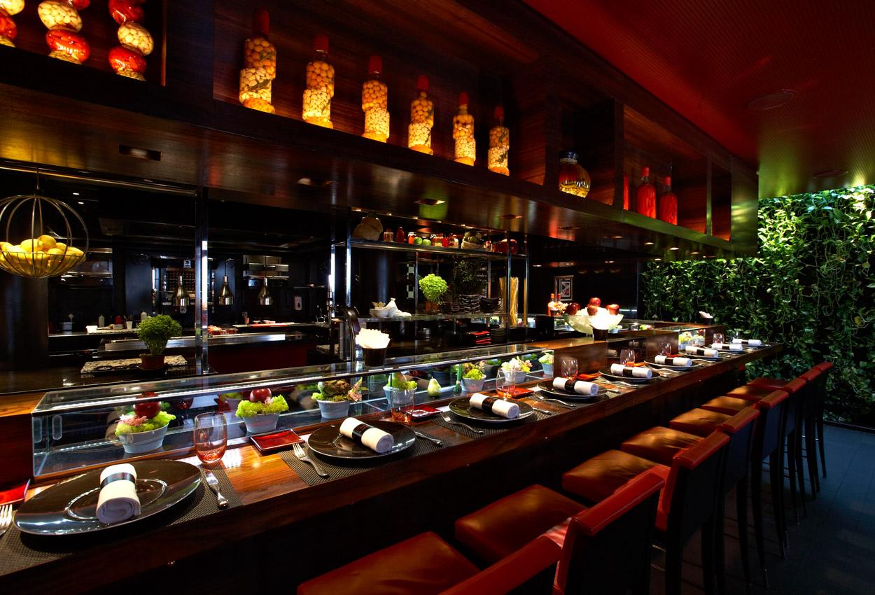 L atelier de jo l robuchon upmarket restaurant top 10 - Atelier cuisine paris ...